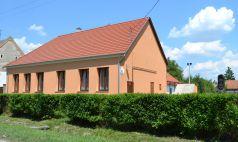 Madocsa faluház felújítása
